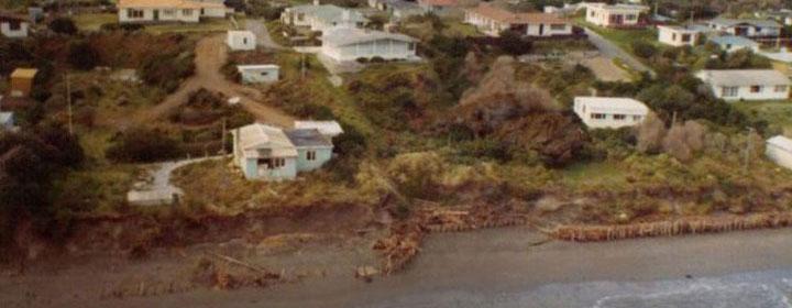 1976-kapiti-erosion-22_323-311_Rosetta_rd