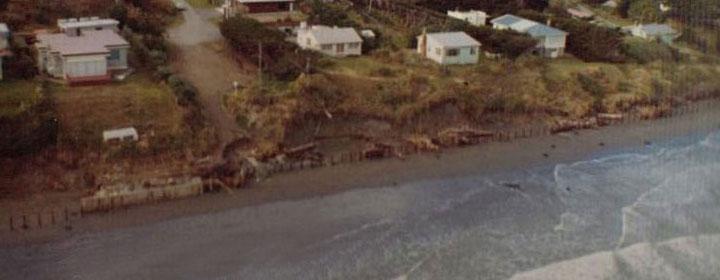 1976-kapiti-erosion-27_1-3_Takitimu_rd(inc_269-267_rosetta_rd)