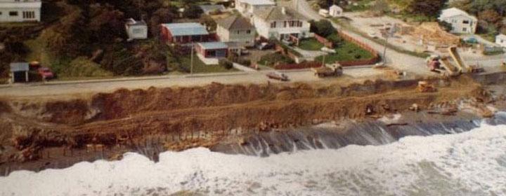 1976-kapiti-erosion-42_15-29_The_esplanade