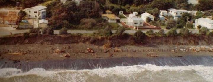 1976-kapiti-erosion-44_27-43_The_esplanade